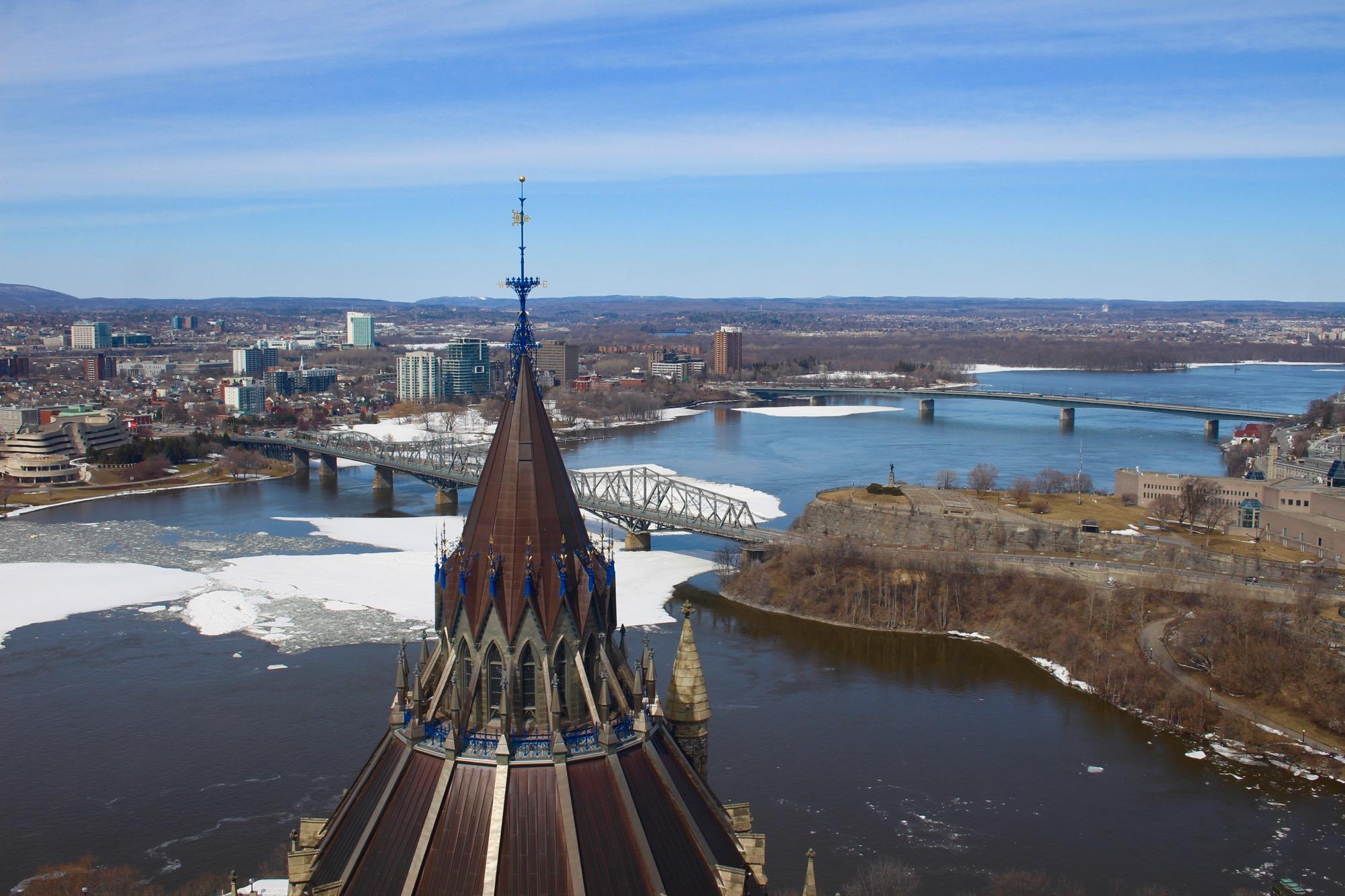 Hauptstadt: Ottawa